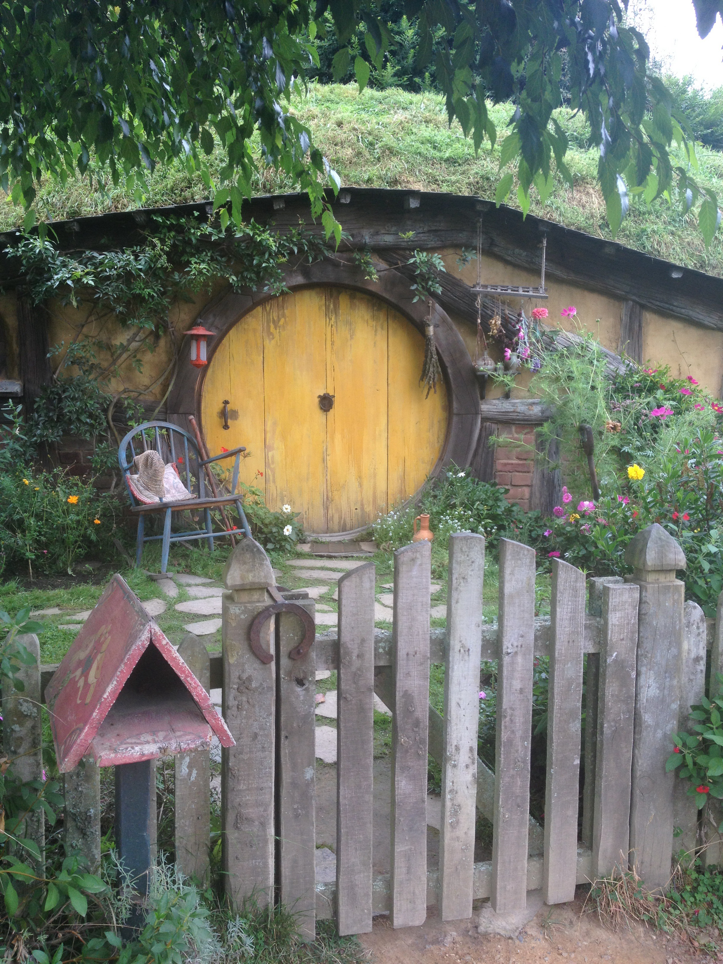 Hobbit Hole With A Yellow