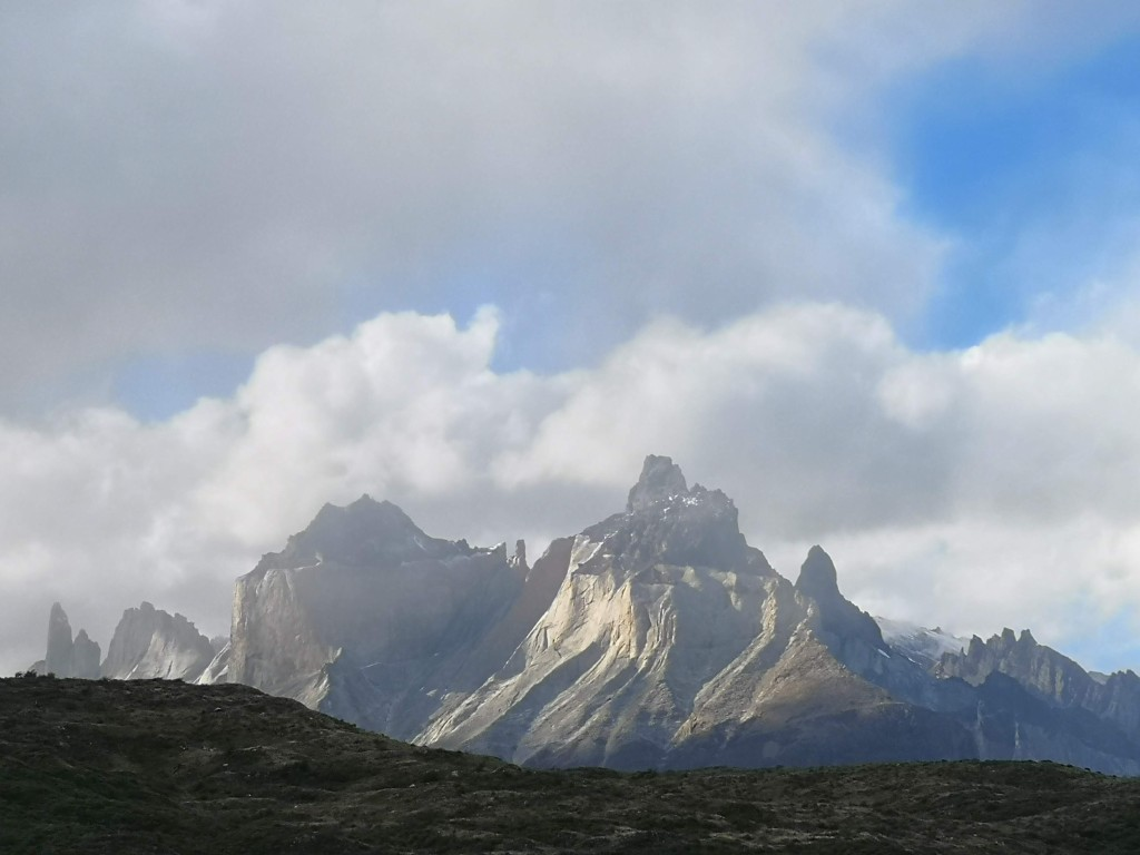 The Jagged Edge of Los Cuernos