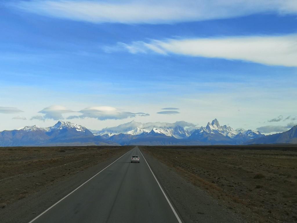 The Road into El Chalten